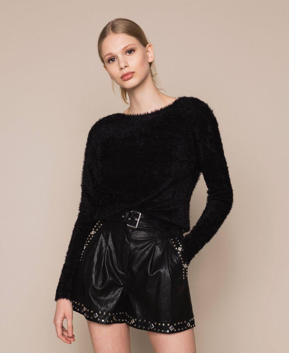 Short en similicuir avec clous Noir Femme 201TT2010-01
