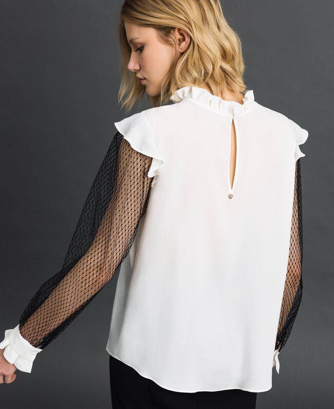 Blouse en crêpe de Chine de soie mélangée et tulle Bicolore Noir / Blanc Neige Femme 192TP2362-03