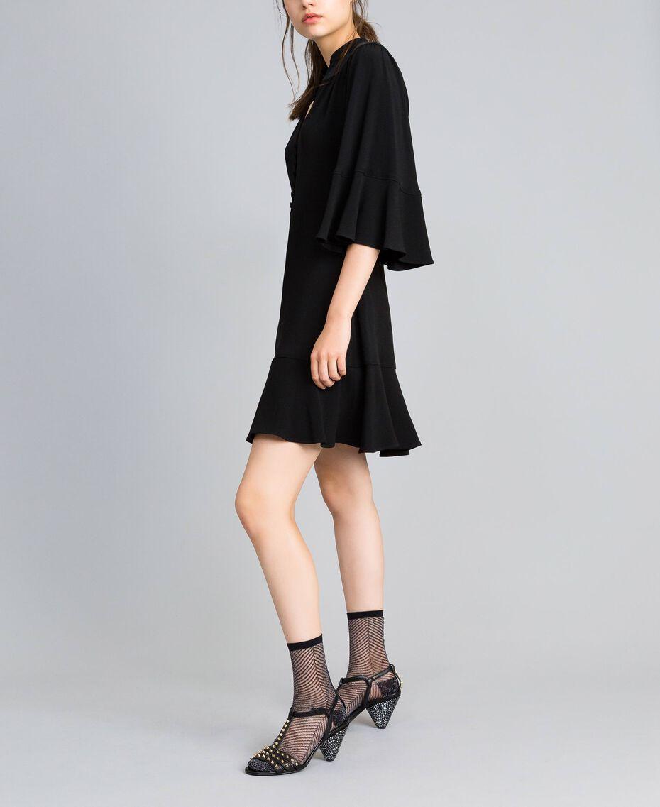 Sandalette aus Leder mit Nieten Schwarz Frau CA8TLA-0S