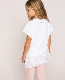 """Asymmetric T-shirt with lace Smile Print / """"Papers"""" White Child 201GJ2318-04"""