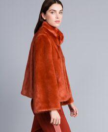 Kurzjacke aus Pelzimitat Redwood-Rot Frau SA82BB-02