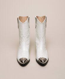 """Кожаные ковбойские полусапожки с крокодиловым принтом Принт Крокодил Белый """"Снег"""" женщина 201TCP040-05"""