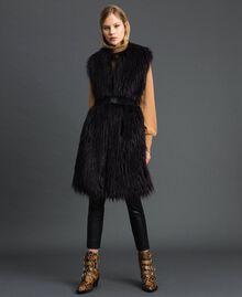 Gilet long en fausse fourrure et drap Noir / Beige «Séquoia» Femme 192ST2031-01