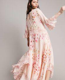 """Georgette-Maxikleid mit Blumenmuster Motiv """"Blossom / Peach Mix"""" Pink Frau 191TP2718-03"""