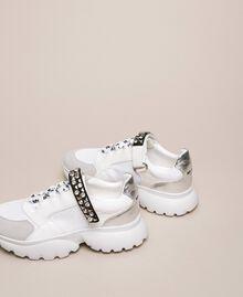 Chaussures de running avec détail bijou Blanc Vanille Femme 201MCP092-04