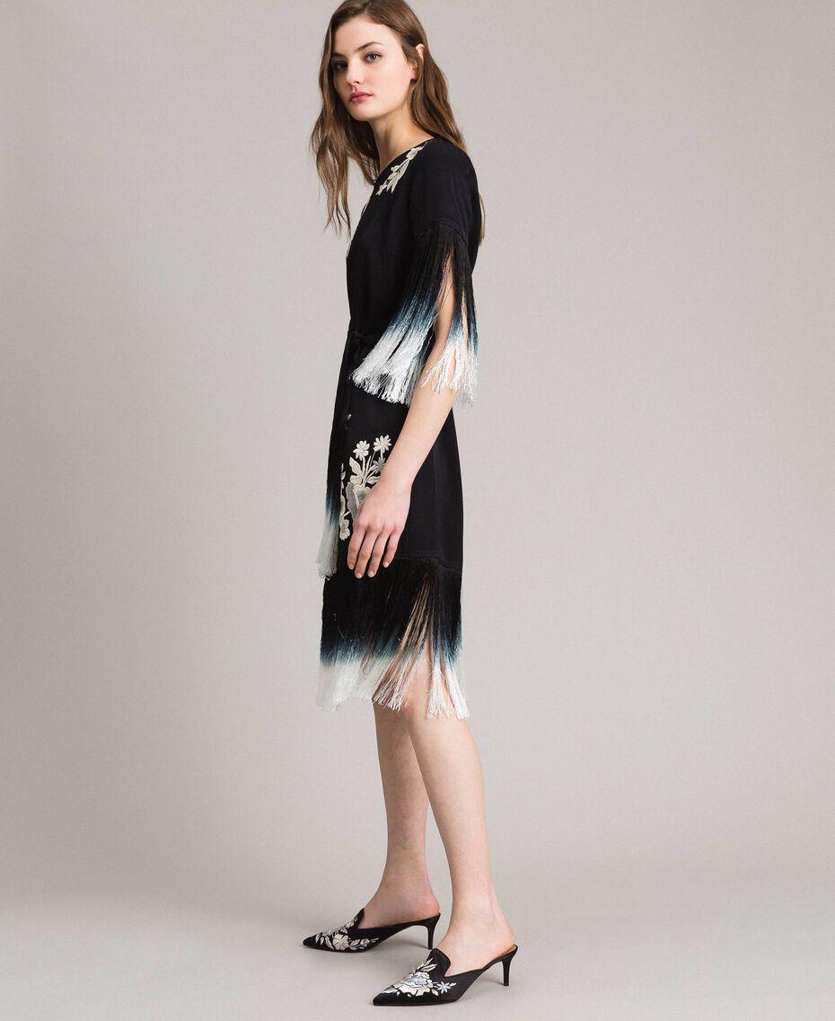 Kleid mit Blumenstickerei und Fransen Schwarz Frau 191TT2132-02