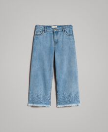 Wide leg jeans with broderie anglaise embroidery Light Denim Child 191GJ2250-01