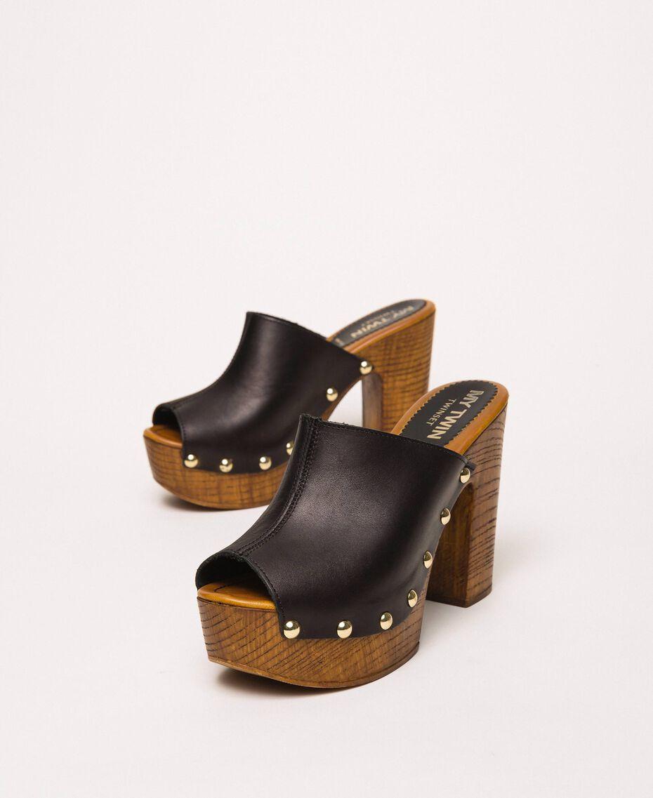 Leather sabots Black Woman 201MCT01E-01