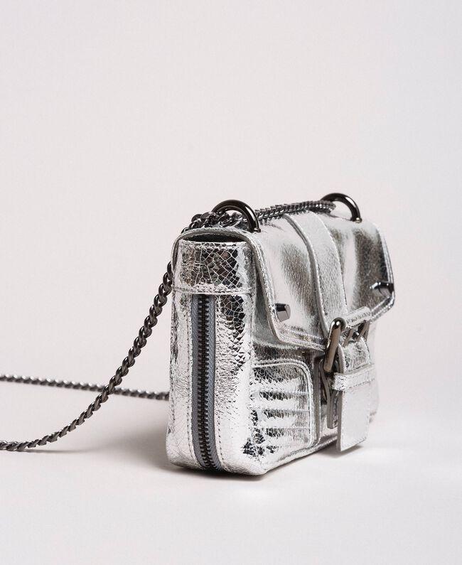 """Umhängetasche """"Rebel"""" aus beschichtetem Leder Silber / Nickel Frau 191TO8640-01"""