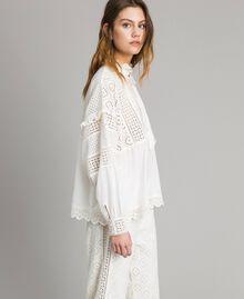 Блуза с вышивкой сангалло и воланом Белый Снег женщина 191TT2040-02