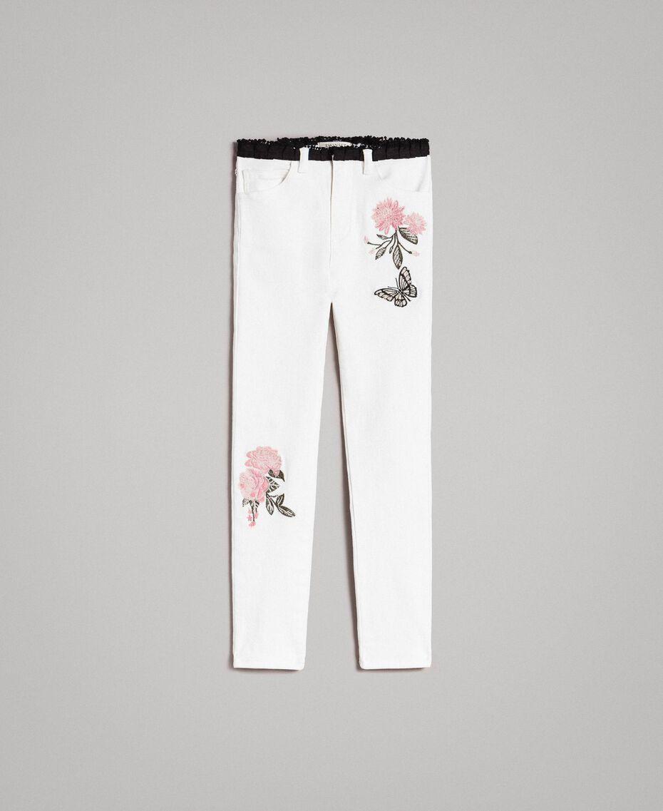 Pantalones pitillo de bull con bordados Hueso Niño 191GJ2580-01