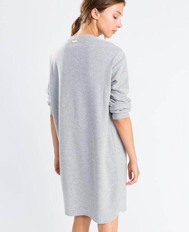 Nachthemd aus Sweatstoff Durchschnittgrau-Mélange Frau LA8MFF-03