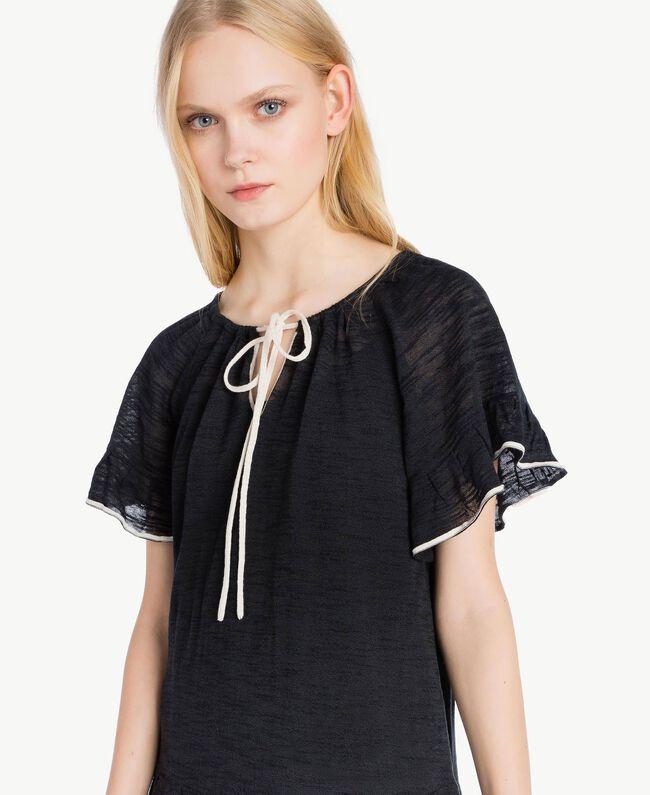 Kleid mit Spitze Zweifarbig Schwarz / Pergamentweiß Frau YS83BC-04
