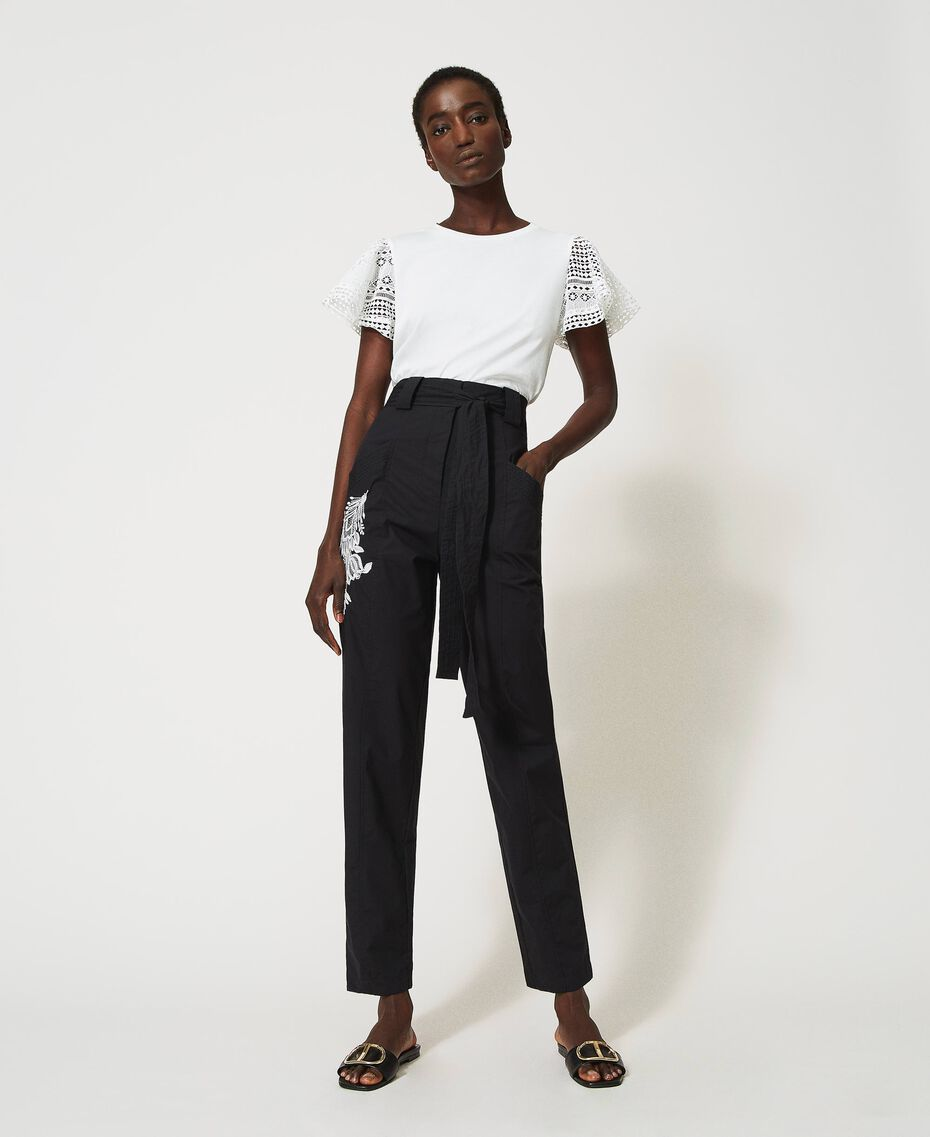 Pantalon en popeline avec broderie Noir Femme 211TT2473-02