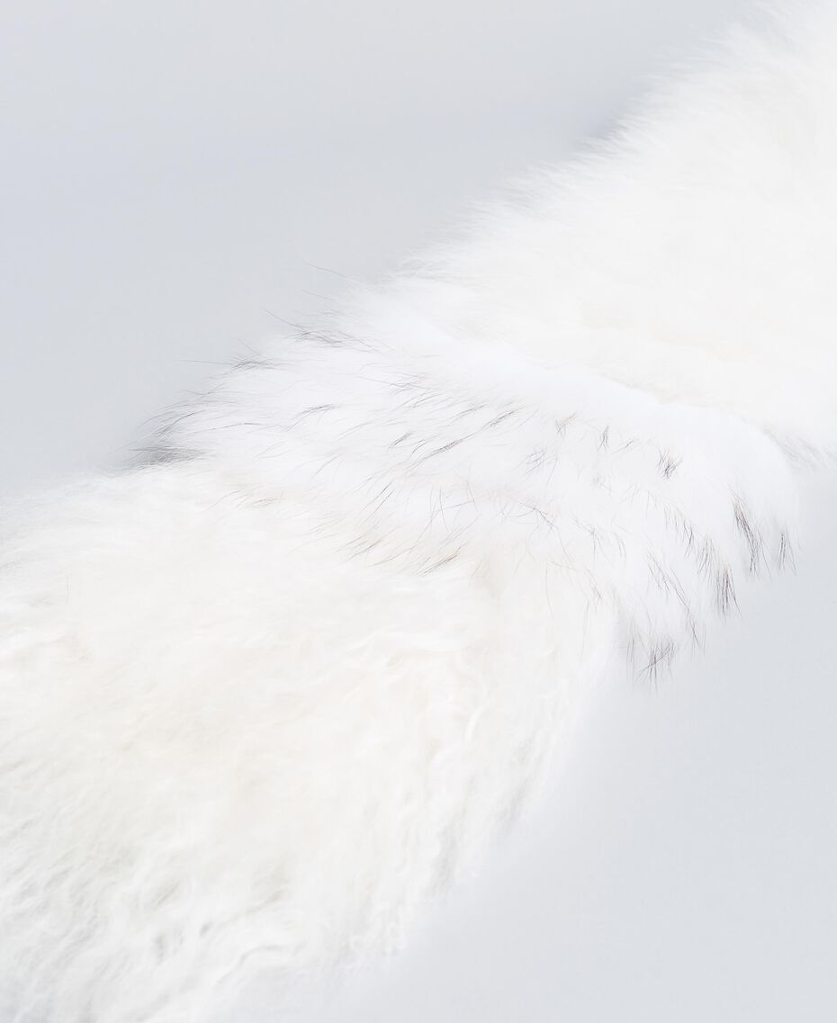 Fur tricot knitted stole White Snow Woman AA8P9D-02