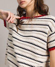 """Pullover mit Durchbruch-Streifenmuster Multicolour Ecru / """"Poppy"""" Rot / Blue Shadow Frau 191ST3092-04"""