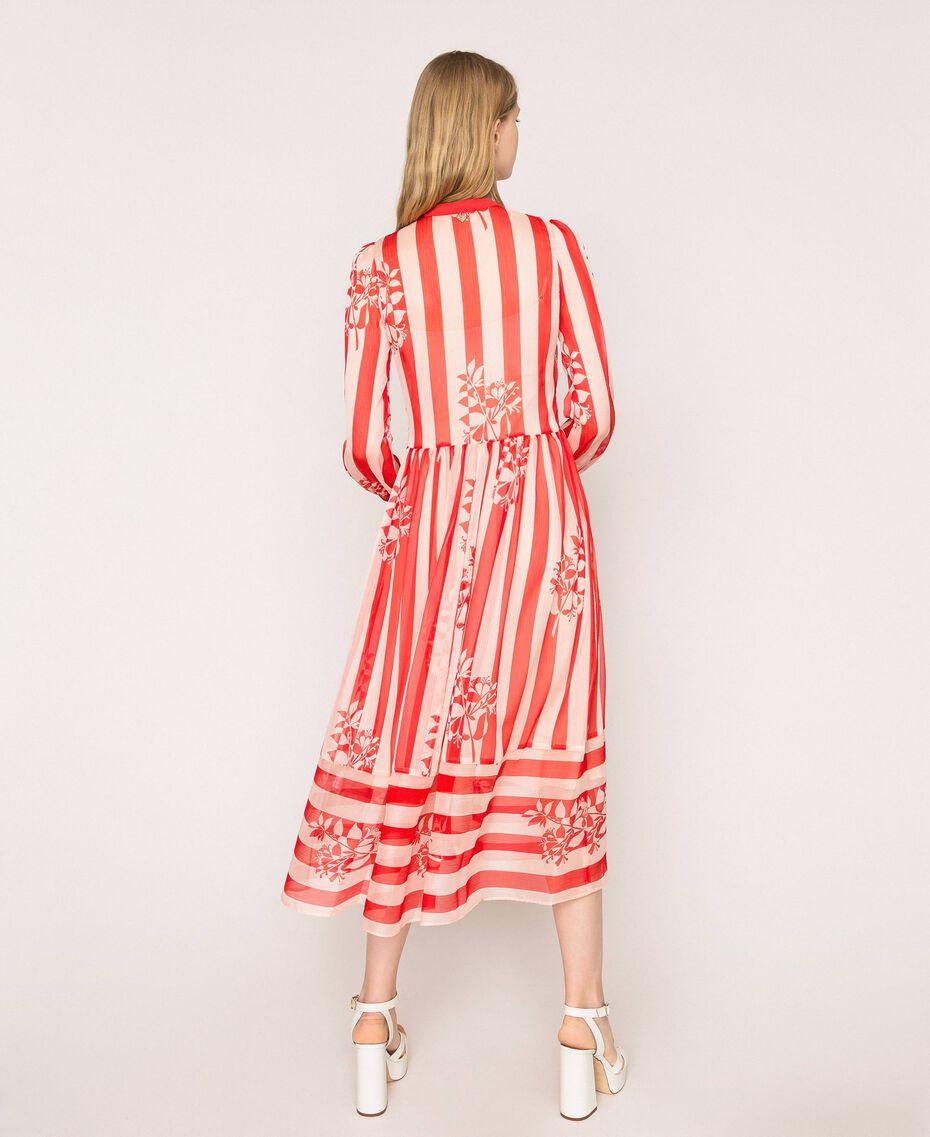 Длинное платье из крепона в полоску и цветочный рисунок Принт Цветок на Полосатом фоне Снег / Черный женщина 201TP2300-03