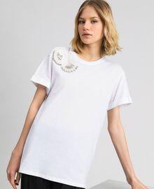 T-Shirt mit floraler Stickerei aus Strass und Pailletten Weiß Frau 192TP2715-03
