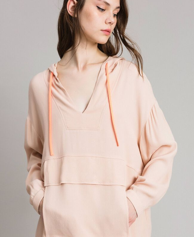 Crêpe sweatshirt with maxi pocket Delicate Pink Woman 191LL23AA-04