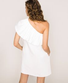 "Robe en jean blanc avec volant Blanc ""Ice"" Femme 201MT2365-04"