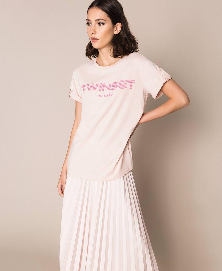 T-shirt avec logo en relief Rose Bouton Femme 201TP2082-01