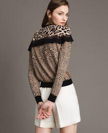Pullover mit Animal-Print und Spitze Motiv Verschiedene Tiere Frau 191TP3413-03