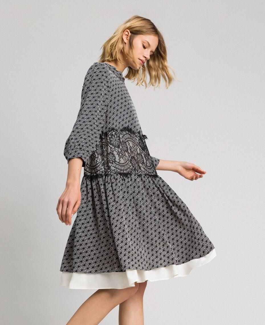 Robe en twill avec imprimé siglé Imprimé Logo Noir / Blanc Neige Femme 192TP258C-01