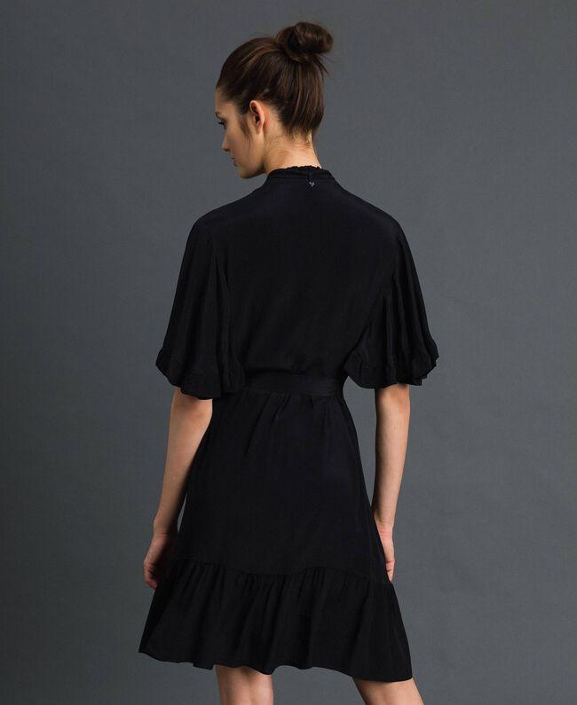 Kleid aus Crêpe de Chine aus Seidenmischung Schwarz Frau 192TP2261-04