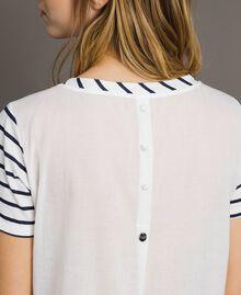 """Gestreiftes T-Shirt mit Pailletten Motiv """"Savannah"""" Beige / Cremeweiß Gestreift Frau 191ST2090-04"""