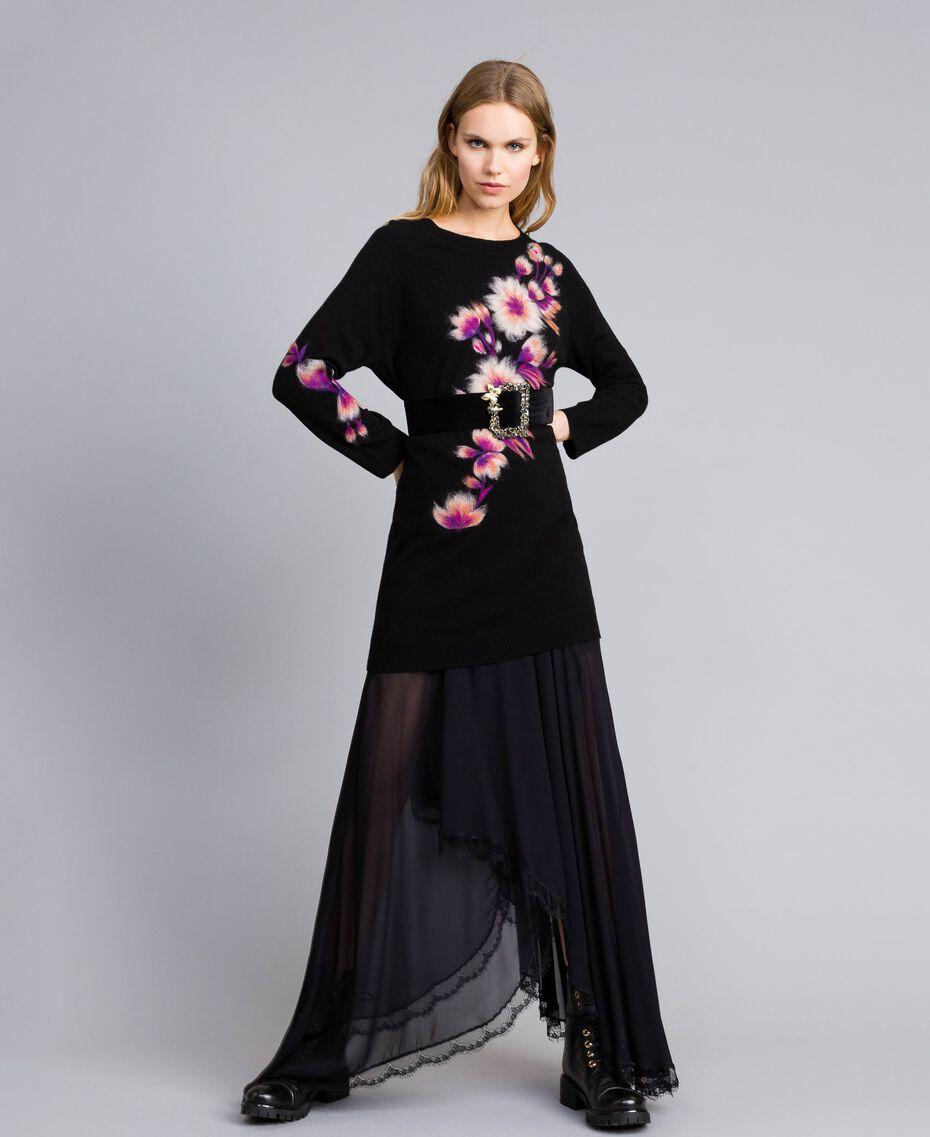 Kleid aus Wollmischung mit Stickerei 3D-Stickerei Schwarz Frau TA83JA-0T