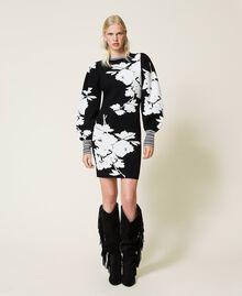 Robe jacquard florale Jacquard Fleurs Blanc «Neige»/ Noir Femme 212TP3540-02