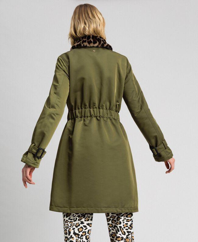 Manteau en satin technique avec col animalier Vert Vetiver Femme 192MP2121-04