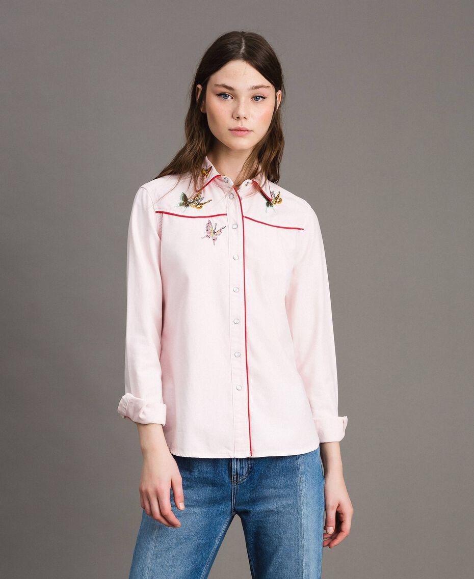 Chemise en denim ornée d'un papillon Perle Rose Femme 191TP2630-02