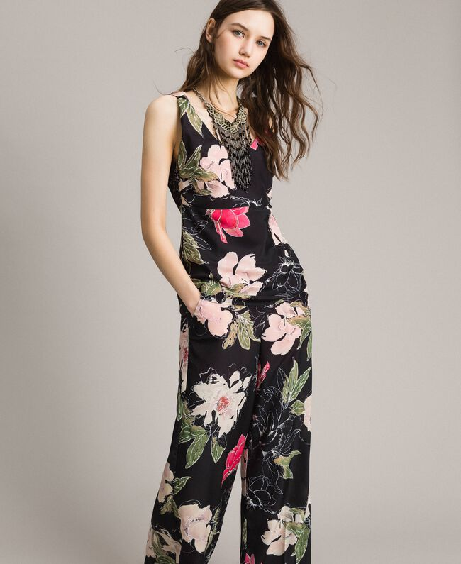 Floral print crêpe de Chine top All Over Black Flowers Print Woman 191MT2213-01