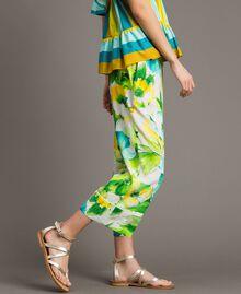 Pantalon en marocaine à imprimé floral Imprimé Jardin Noir Femme 191TT2471-02