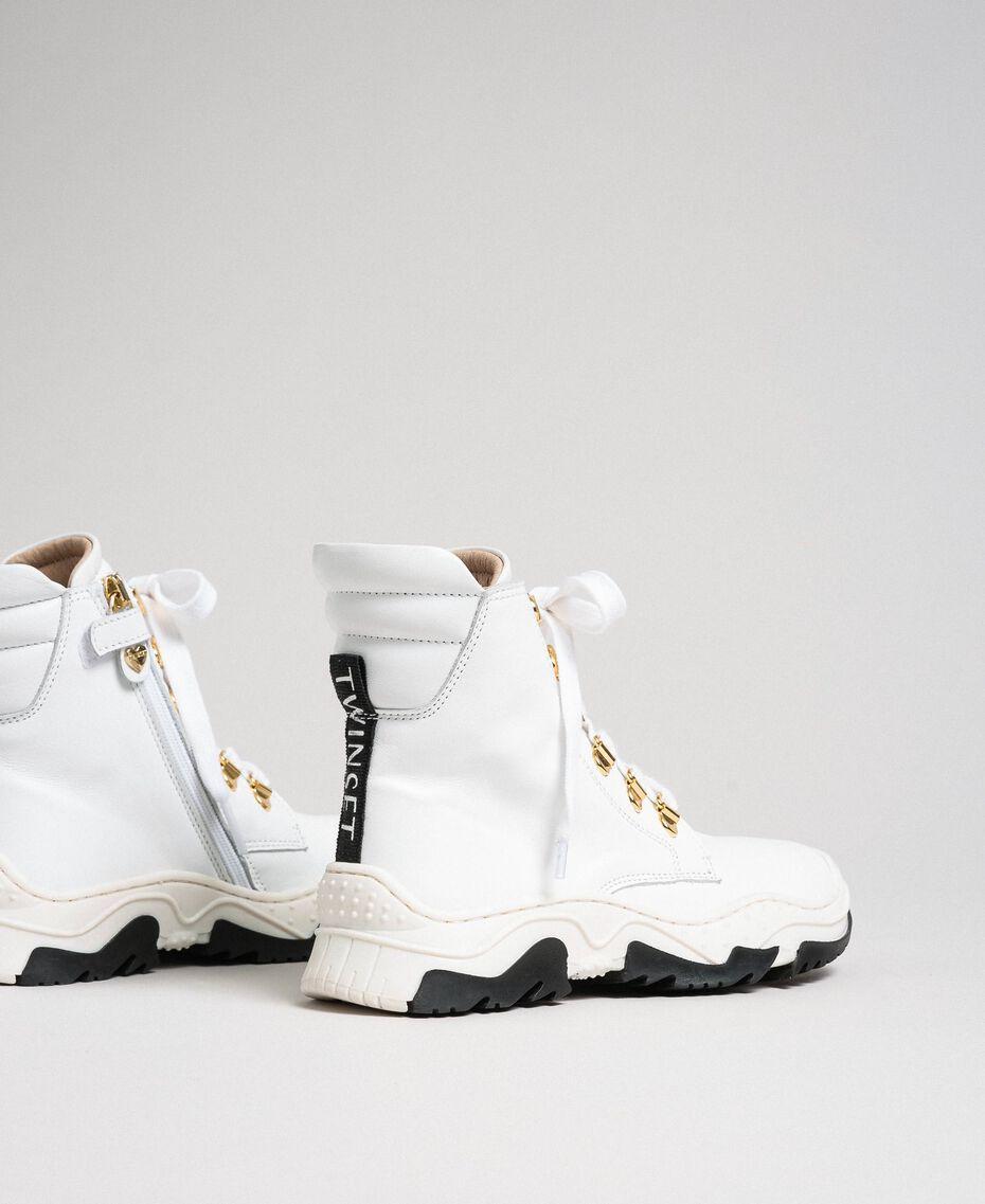 Sneakers alte in pelle con allacciatura trekking Bianco Bambina 192GCJ022-03