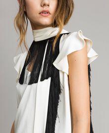 """Блуза с поясом с бахромой Двухцветный Белый """"Снег"""" / Черный женщина 191TT2384-04"""