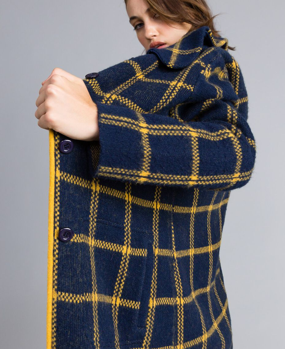 "Jacquard all-over checked coat Bicolour Night Blue / ""Golden Yellow"" Woman YA83HA-02"
