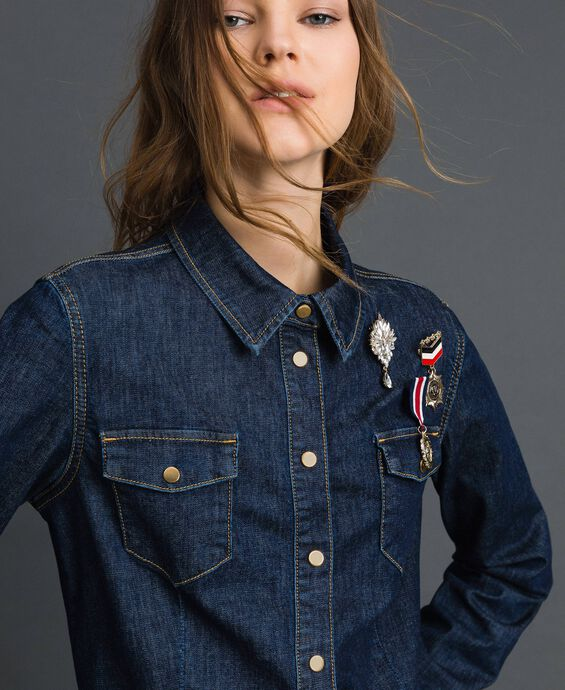 Denim shirt with army style brooches