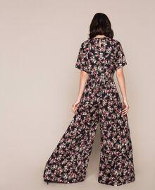 Крепдешиновый комбинезон с цветочным рисунком Принт Цветочный Черный женщина 201MP2372-03