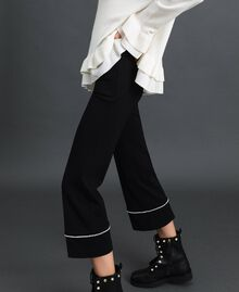 Flared trousers with pearl embroidery Black Woman 192TP2082-02