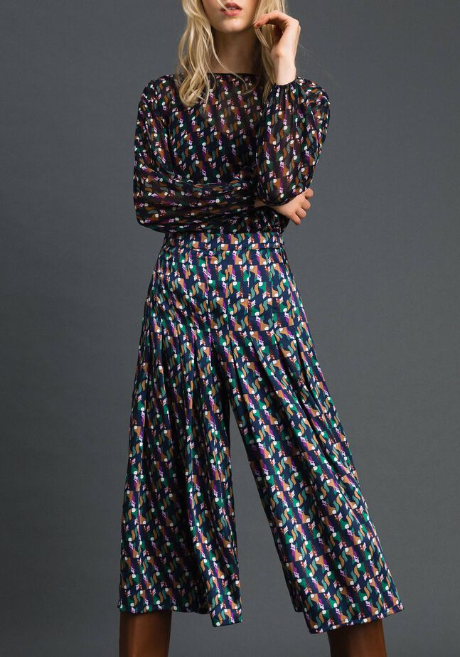 Trouser-skirt with print and pleats