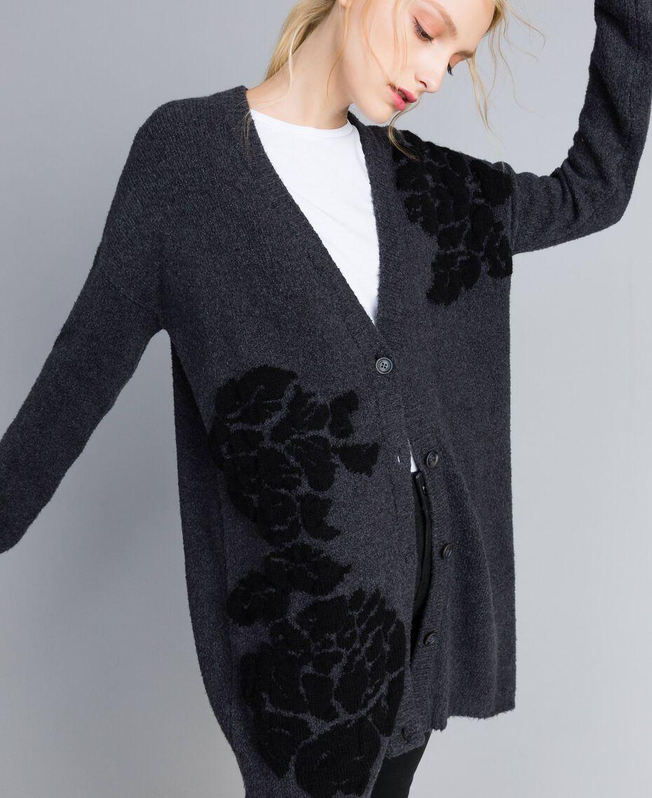 Maxi cardigan avec incrustation florale Bicolore Gris Anthracite Fleur Noir Femme TA8391-05