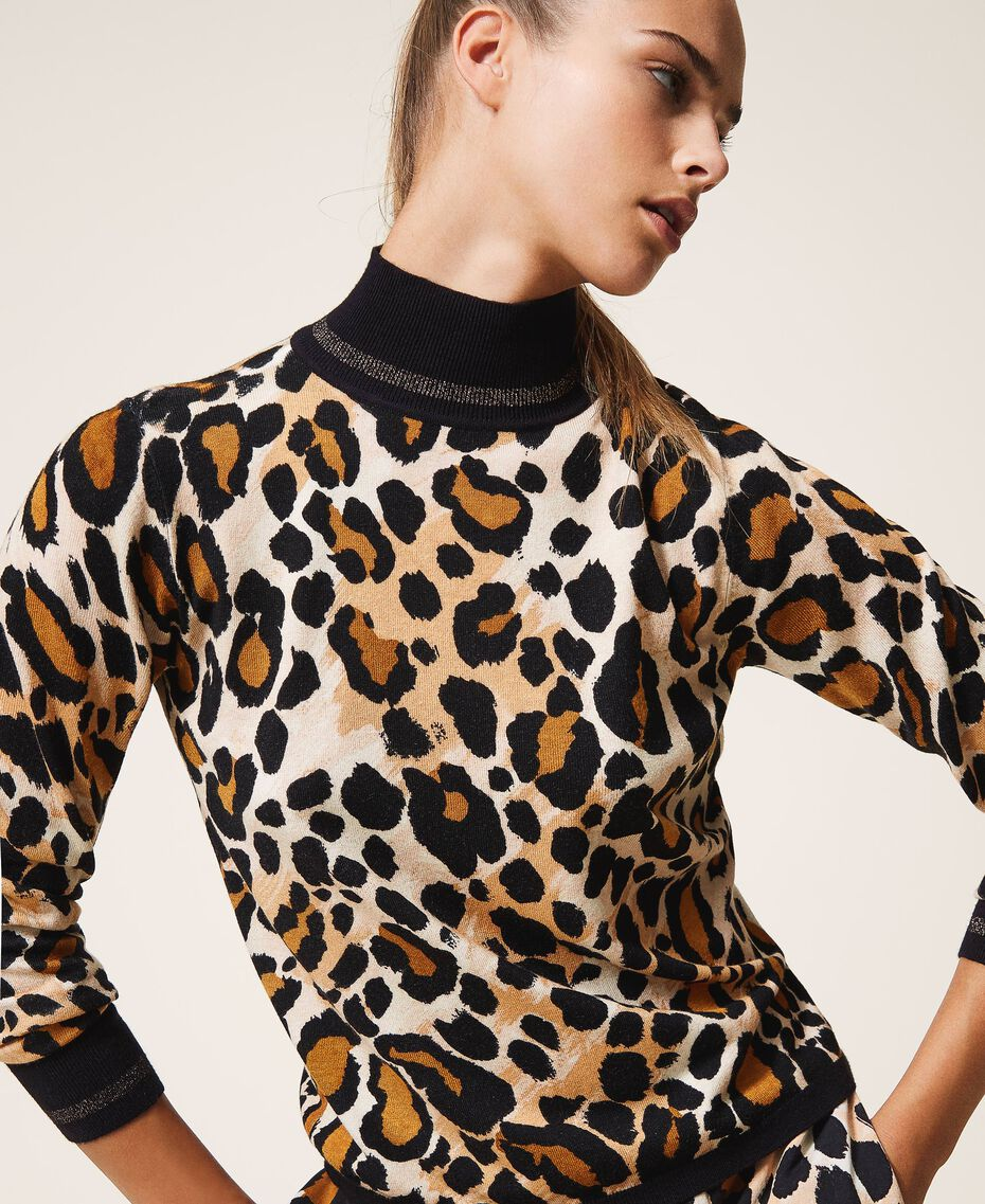 Jersey de cuello alto animal print Estampado Animal print Mujer 202LL3E00-01