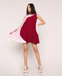 Robe en crêpe de Chine plissé Bicolore Rouge «Pourpre» / Rose «Bonbon» Femme 201ST2011-02
