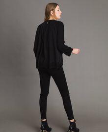 Sweatshirt mit Spitzendetails Schwarz Frau 191MP2324-03