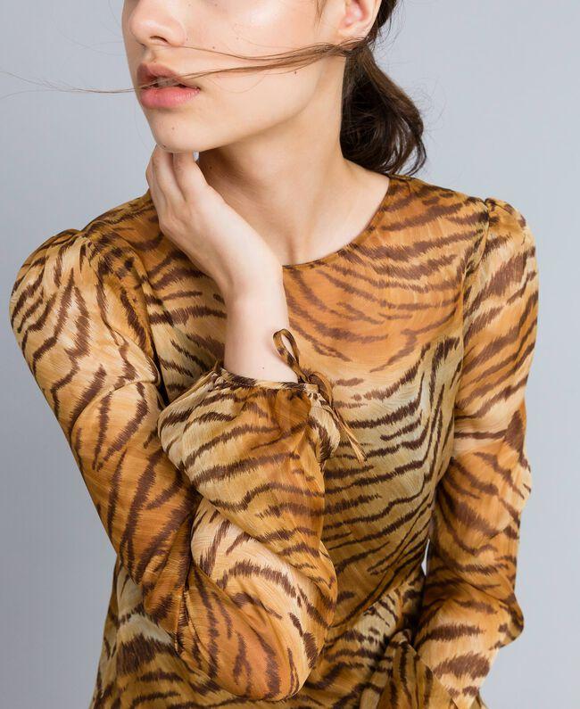 Robe longue en soie imprimée Imprimé Tigre Femme TA8254-04