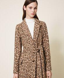 Manteau en drap jacquard animalier Jacquard Animalier Beige Noisette / Tabac Femme 202TT213A-05