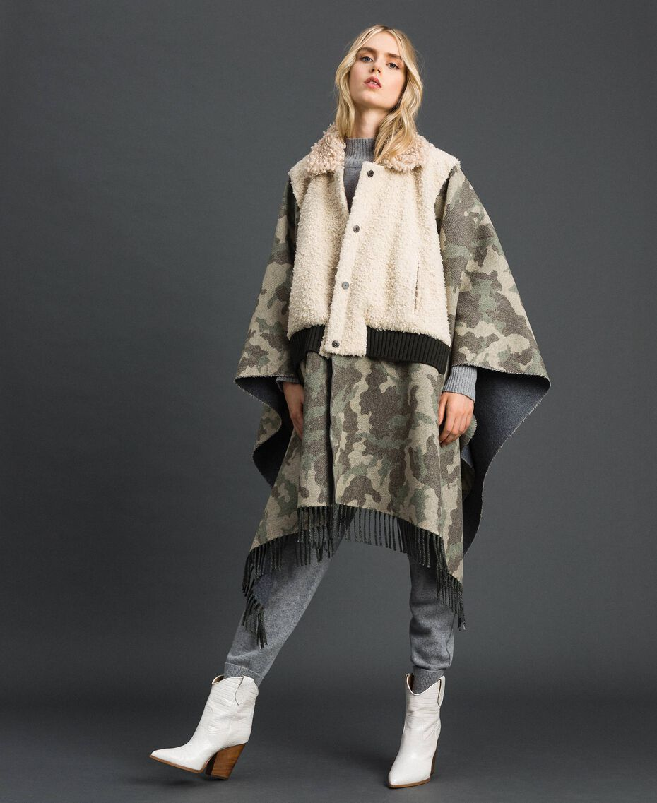 Camouflage wool cloth and bouclé cape Camouflage Jacquard Woman 192TT2503-02