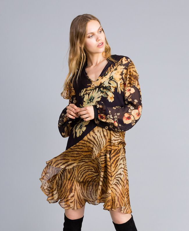Short dress with mix of prints Flowers&Tiger Mix Print Woman TA825C-01